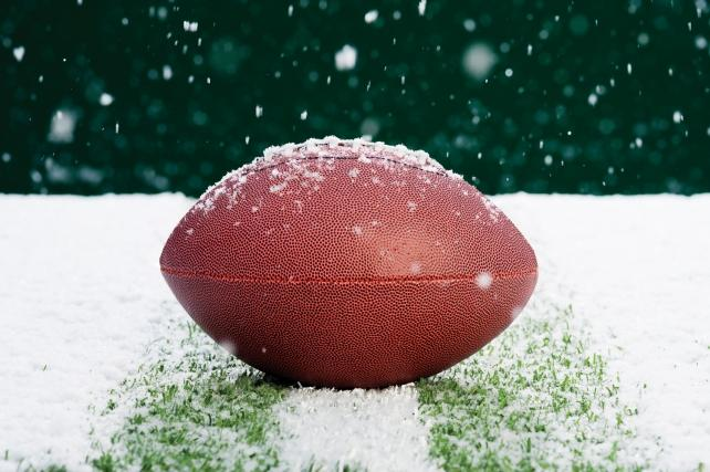 Cold Weather and Football:  Do They Go Together?